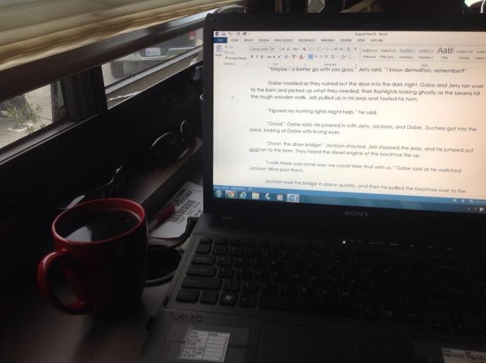 laptop_in_coach